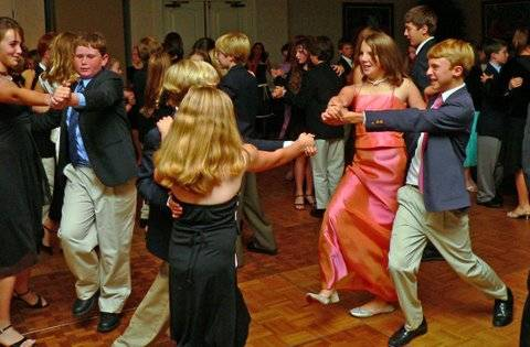 Cotillion-Ball-022_2-20101029103359
